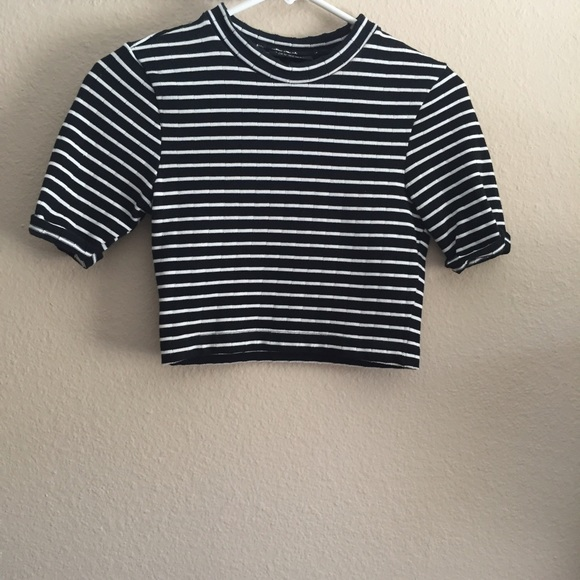 5fc4fe244465bd Topshop Black White Striped High Neck Crop Top, 2.  M_55cfa87372c9c57a1d006154