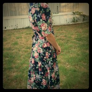 Style My Way Dresses & Skirts - Style My Way Vintage Floral Dress Size 13/14 NWT