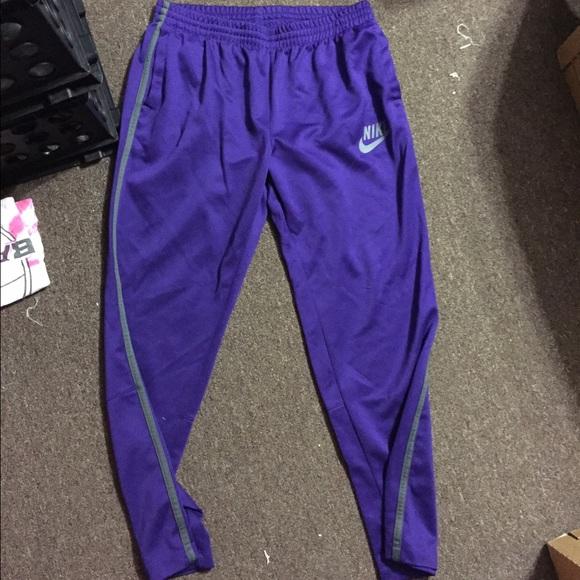 ac7ce0409050 Purple Nike Sweatpants. M 55cfc53616ba9717e8006ab6