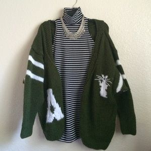 Sweaters - Oversized knitted Cardigan
