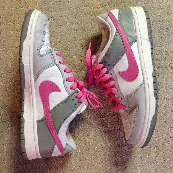 new york 94208 528da Pink gray Nike dunk low. M55cfff67986c421c26008718