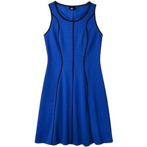 Mossimo Supply Co. Dresses & Skirts - Mossimo Sleeveless Fit and Flare Dress