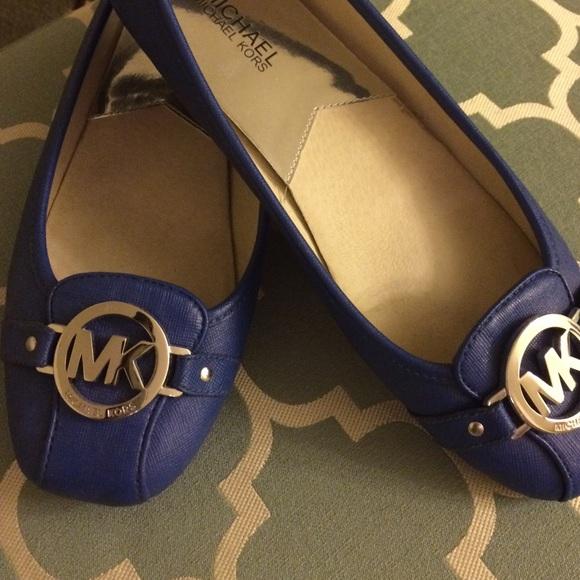 d0ba5a923f51b MK cobalt blue leather flats. M 55d01cde35ade27ac5009167