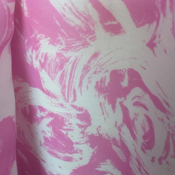 LOFT Tops - LOFT Pink and White Chiffon Tank