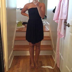 Strapless sun dress.