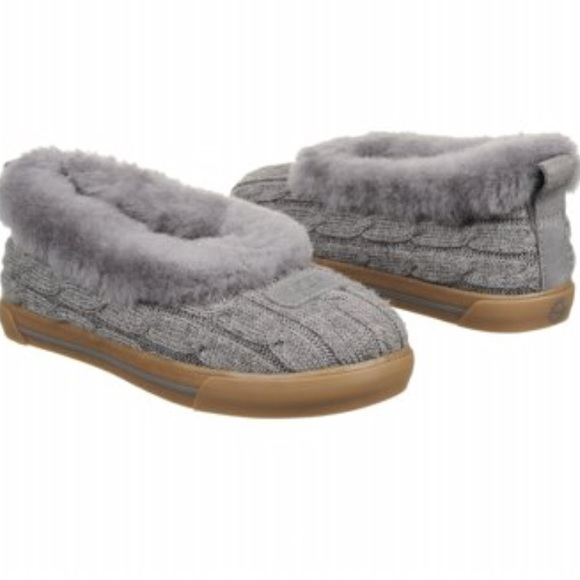 e7971526b86 Ugg Rylan Knit Slippers in Heathered Gray NWT