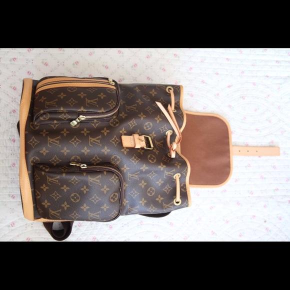 144bade25fac Louis Vuitton Handbags - Louis Vuitton Bosphore backpack