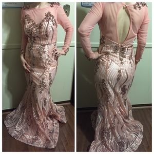 Mona lisa  Dresses & Skirts - Elegant dress 2015 worn once for 5 hours