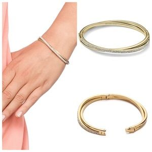 MICHAEL KORS PAVE CRISS CROSS BANGLE BRACELET