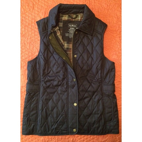 40% off L.L. Bean Outerwear - LL Bean Riding Vest from Courtney's ... : quilted riding vest - Adamdwight.com