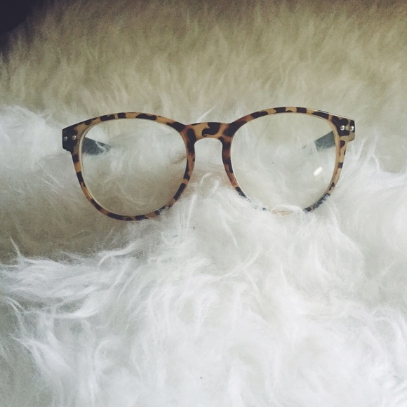 b648ad72848c Cheetah Frame Glasses. M 55d219214e8d171f890118bf. Other Accessories ...