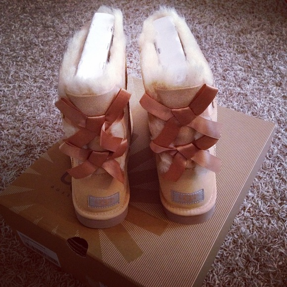 ugg shoes bailey bow in desert sand poshmark rh poshmark com