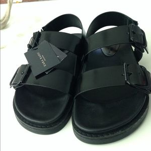 Zara Shoes - 🚨 SOLD 🚨 Zara Black Sandals