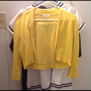 🍃🍃Yellow Sweater🍃🍃