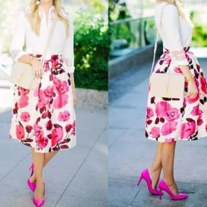 Dresses & Skirts - 💕💕💕Floral High Waisted Skirt💕💕💕