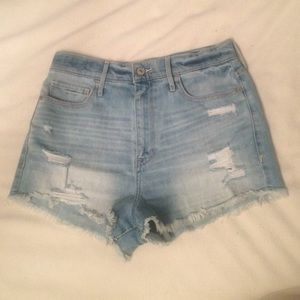 High Waisted Distressed Denim Shorts - Light Wash