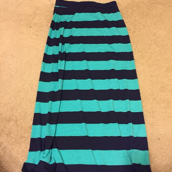 75 ambiance apparel dresses skirts blue and green