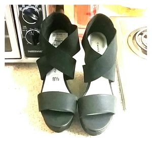 Black wedges size 8.5