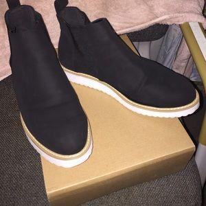 52c16e30f5e7 ASOS Shoes - Asos Afiata Flatform Chelsea Boots US 10