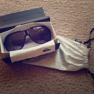 Von Zipper Accessories - HP NWOT Quicksilver Sunglasses
