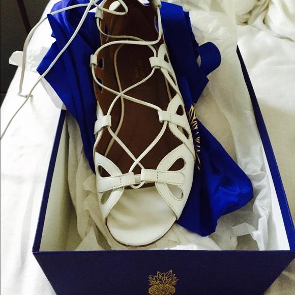 Aquazurra Shoes - Aquazurra white lace up flats