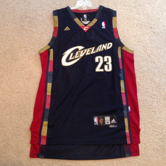 9e5c6bf80 Adidas Tops - Throwback Cleveland Cavaliers Lebron James jersey