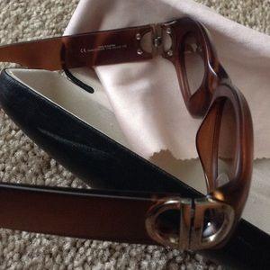 Christian Dior  Accessories - Sunglasses