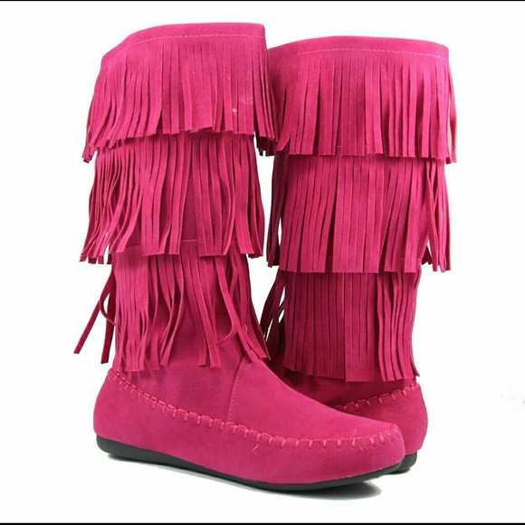 e36ad29522042 Women Fringe Moccasin Design boots pink size 6.5 NWT