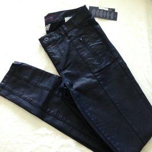Tommy Hilfiger Pants - BNWT Tommy Hilfiger skinny jeans