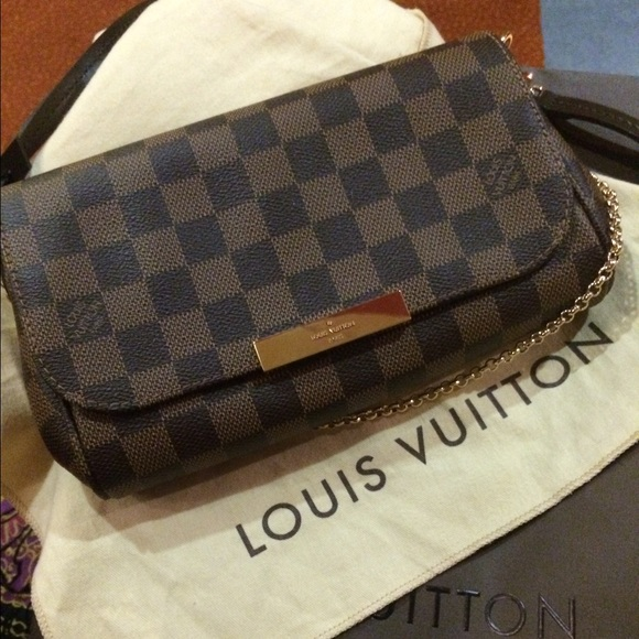 c7168d37b92f Louis Vuitton FAVORITE PM N41276