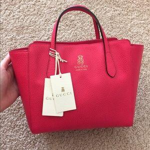 ea3261615041 Gucci Bags | Nwt 100 Authentic Swing Mini Tote | Poshmark