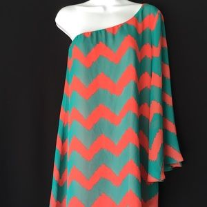 Dresses & Skirts - 👗FINAL PRICE👗Juniors' One Shoulder Chevron Dress