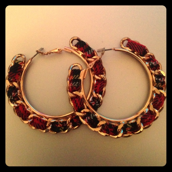 10 off forever 21 jewelry forever 21 gold hoop earring for Forever 21 jewelry earrings