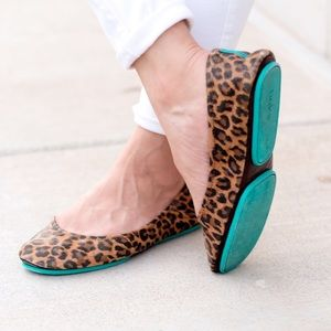 TIEKS LEOPARD ITALIAN LEATHER FLATS 11 WORN 2X$235