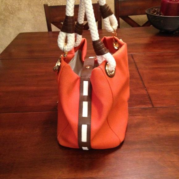 302c78aaeaa1 Buy small michael kors bag > OFF33% Discounted
