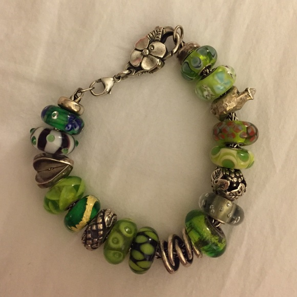 Jewelry Stores That Sell Pandora Bracelets: Bracelet From Abby's Closet On