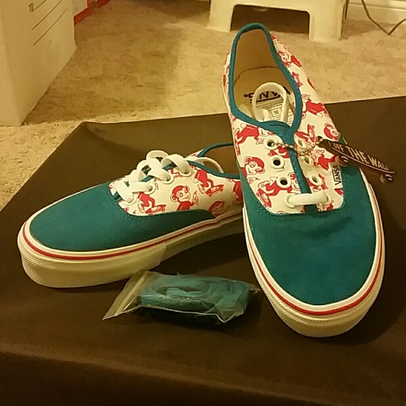 vans authentic 5.5