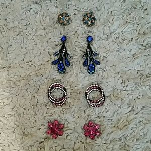 Jewelry - Set of 4 pairs of colorful earrings