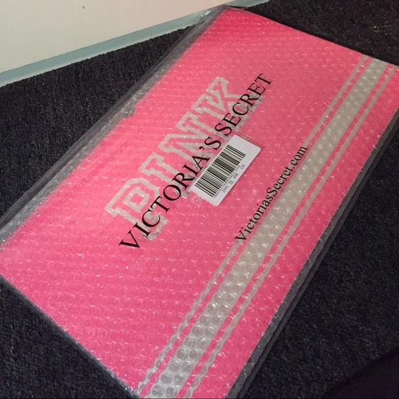 98% off PINK Victoria's Secret Accessories - Victoria's Secret ...