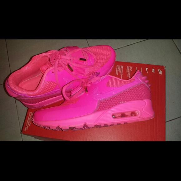 Sold Nike Airmax 9 Yeezy Neon Pink