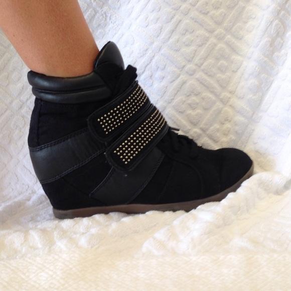 Material Girl black high heal tennis shoes