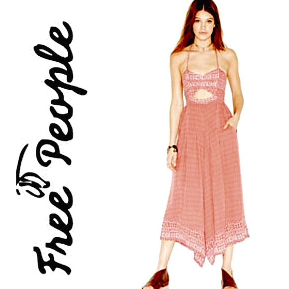 34b30064cf44 Free People Dresses   Skirts - 1 DAY SALE!!! Free people crystal bay
