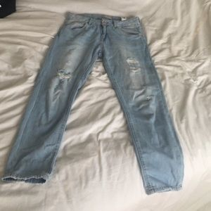 6a15b222 Zara Jeans - NWOT zara boyfriend jeans!