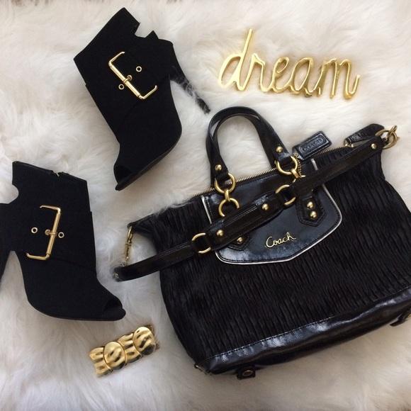 Coach Handbags - SALE ‼️New black Coach handbag