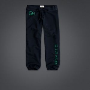Gilly Hicks Pants - New Gilly Hicks navy banded capris medium