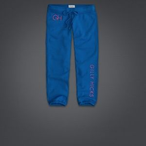 Gilly Hicks Pants - New Gilly Hicks banded cropped sweatpants capris