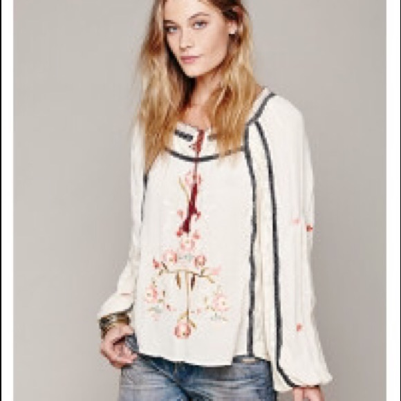 97c0f16558be7 Free People Tops - Free People lace embroidered long sleeve blouse