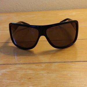 Valentino sunglasses made in Italy.