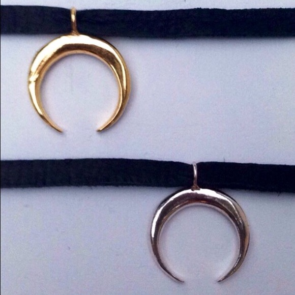 Crescent Horn Necklace: Double Horn Or Crescent Moon Choker Necklace OS From Megan