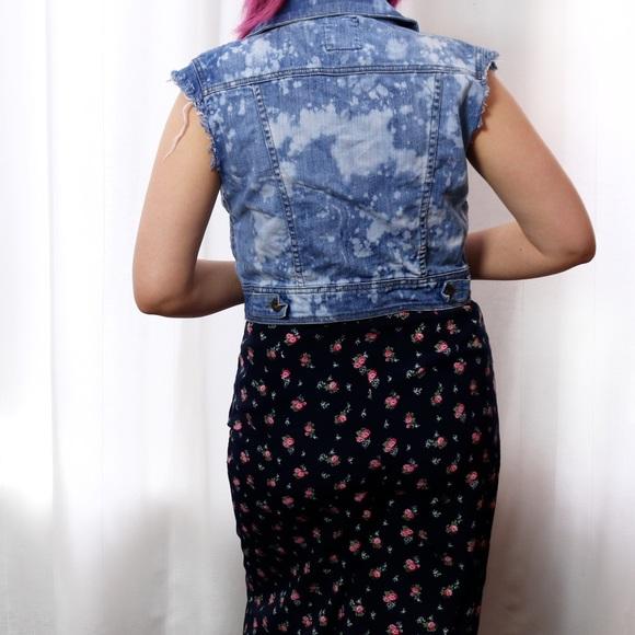 Jackets & Coats - 💙SALE❤️ Bleached Denim Vest